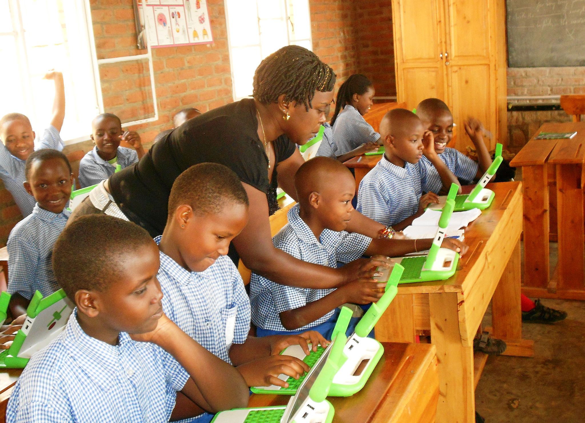 Education in Emergencies and EdTech: What the evidence shows us